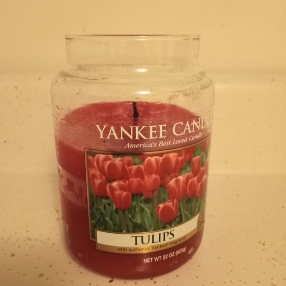Yankee Candle Tulips - Used
